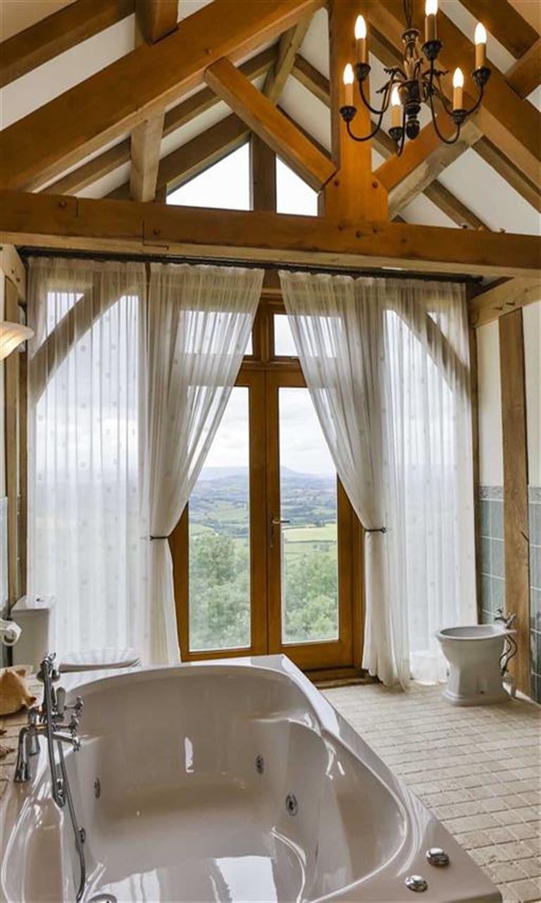 5 bedroom Detached for sale in Chepstow