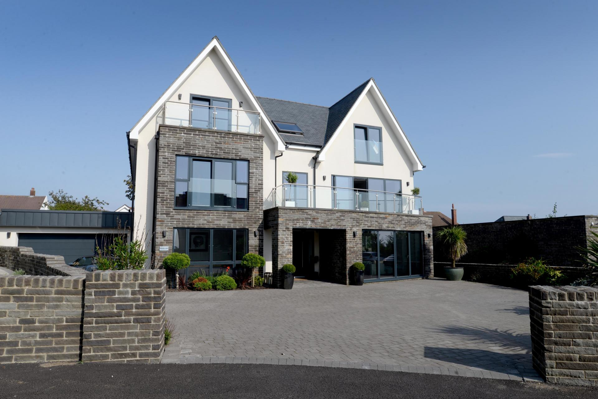 6 bedroom house for sale in swansea for Six bedroom house for sale