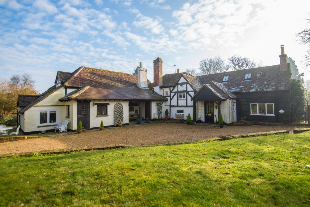 Flaunden Property For Sale