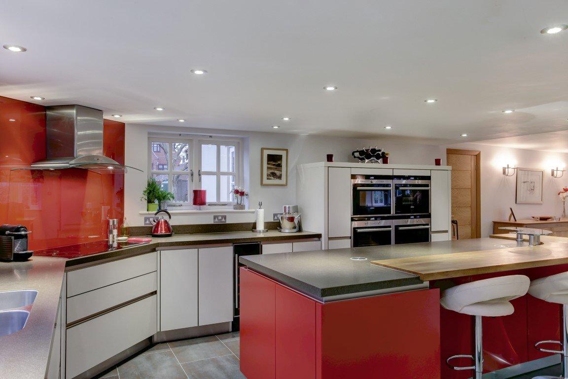 4 bedroom Detached for sale in Lowestoft