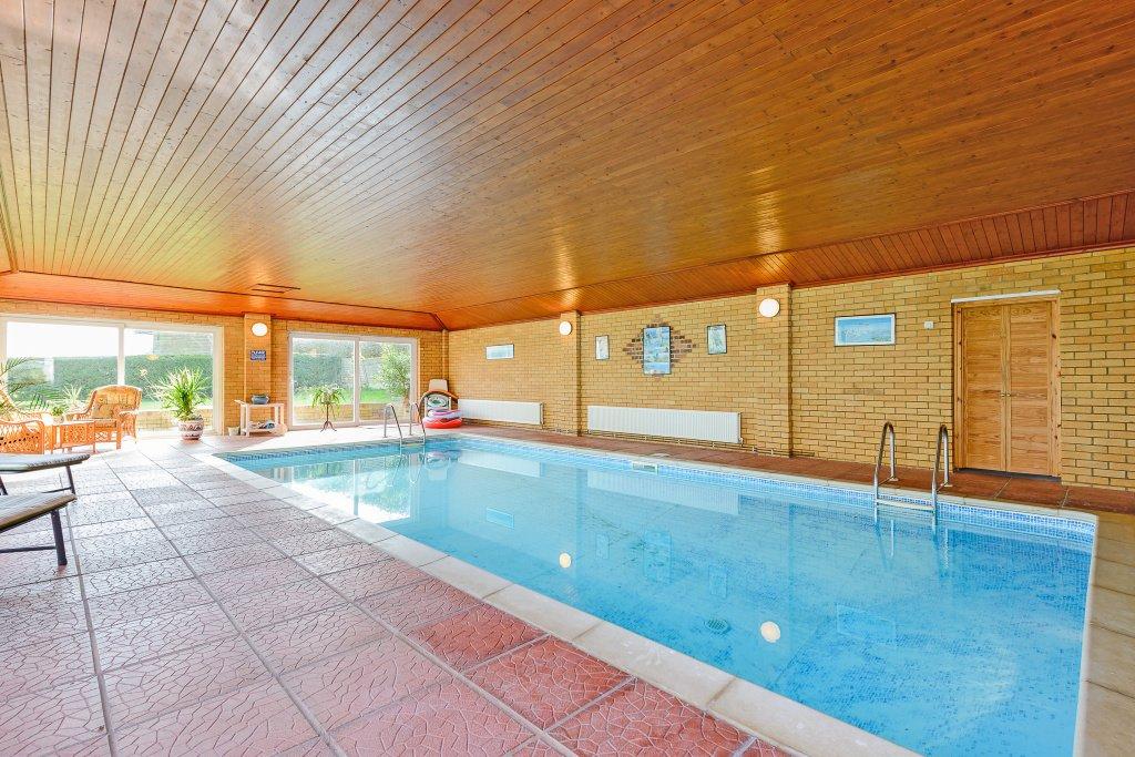 5 Bedroom Detached For Sale In Aylesbury