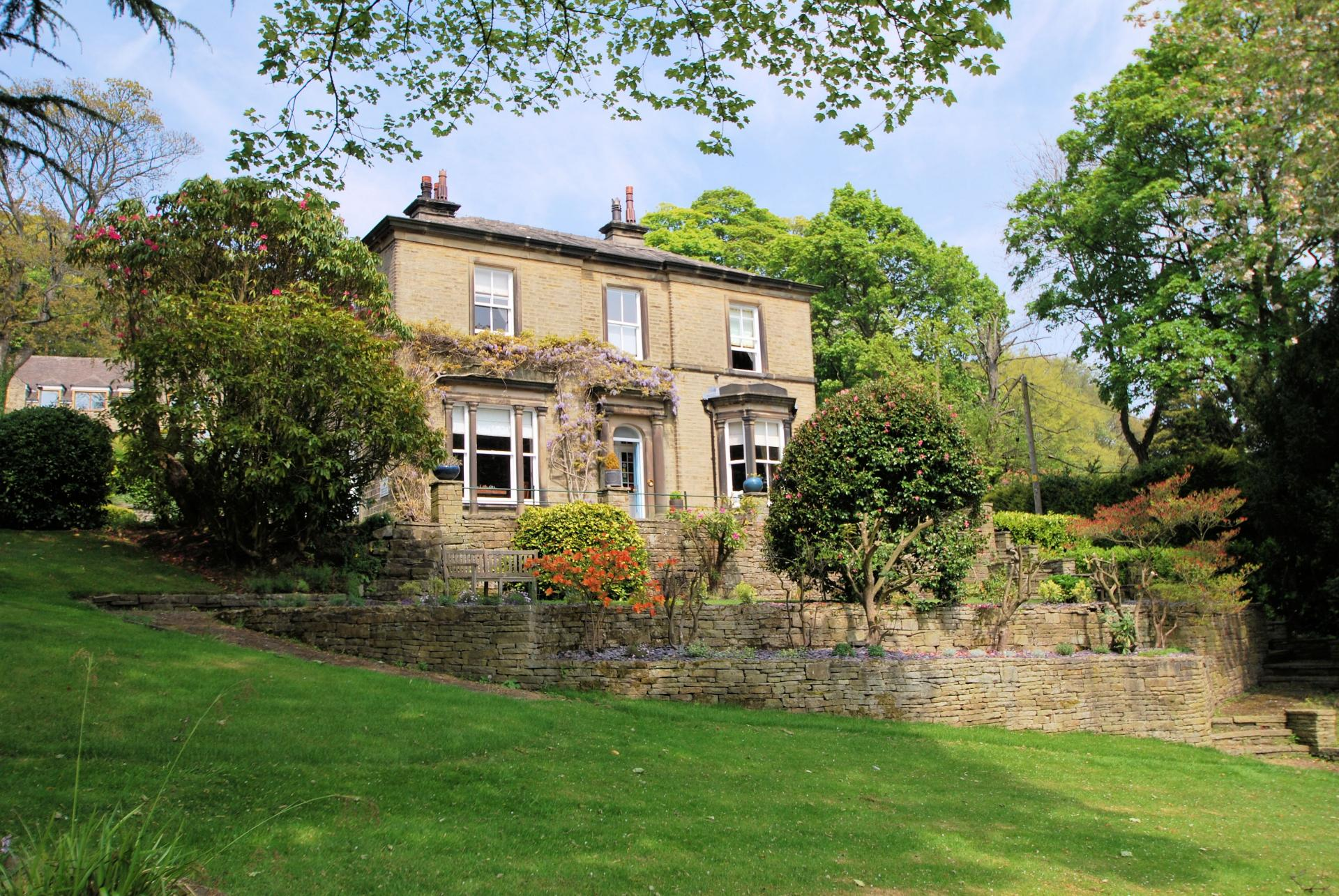 7 bedroom manor house for sale in holmfirth for Manors for sale in usa