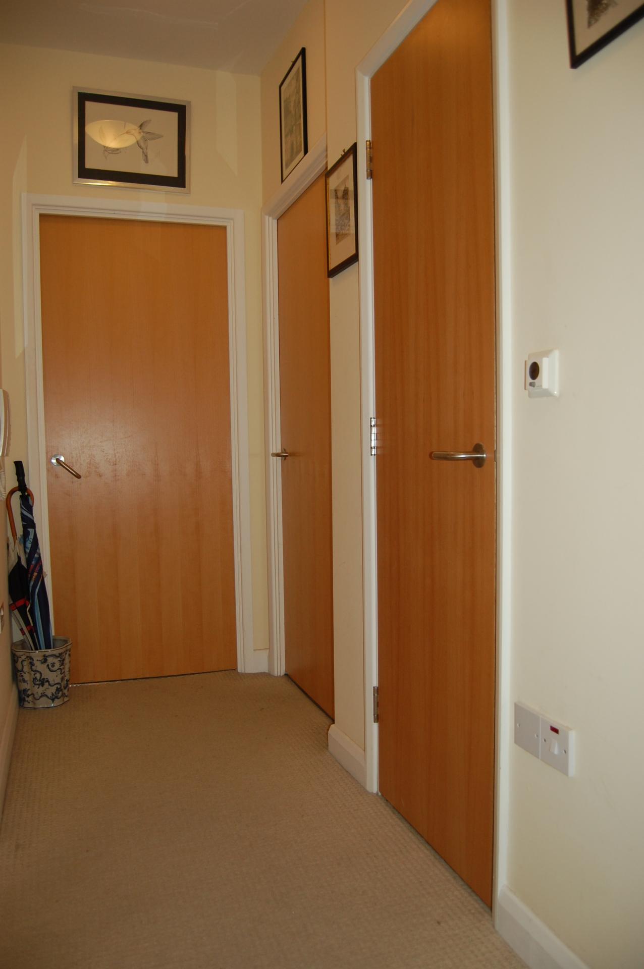 1 Bedroom Apartment For Sale In Woodbridge